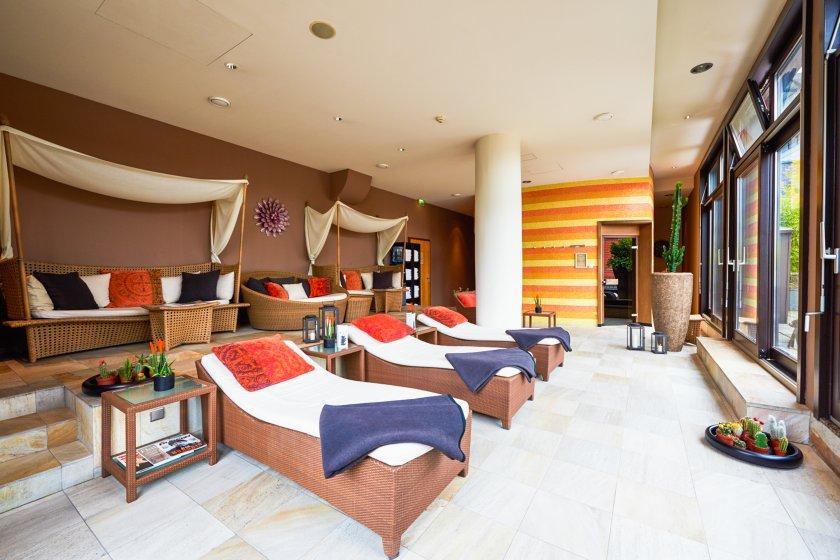 Spa-Bereich im east Hotel Hamburg - Massage, Kosmetik und Sauna