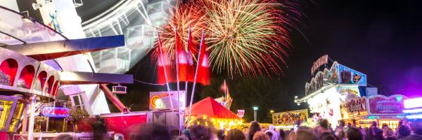 Feuerwerk auf den Hamburger DOM Festival
