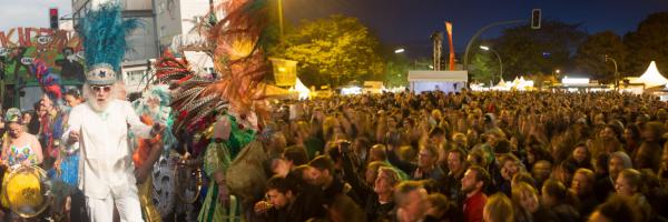 Karneval der Kulturen - Internationales Straßenfest in Berlin