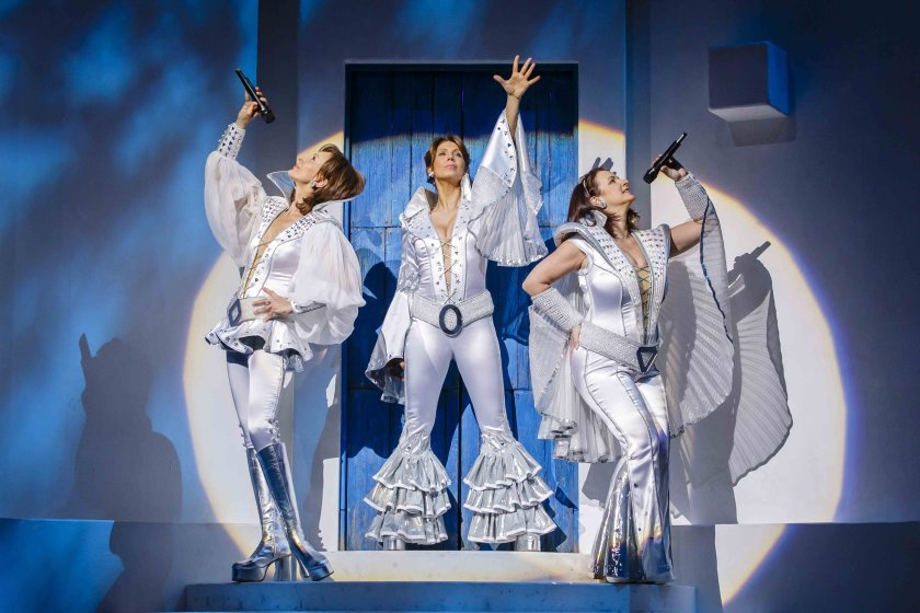 Performers for MAMMA MIA Musical