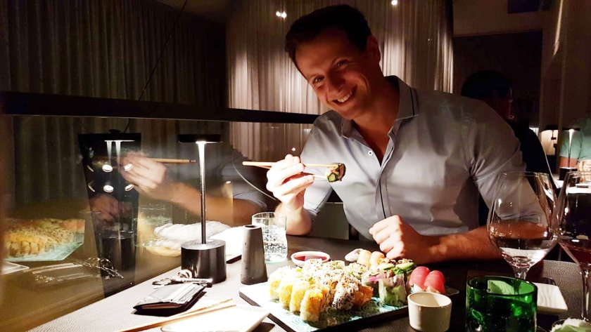 Dominik tests Asia Restaurant Sticks\'n\'Sushi in Berlin
