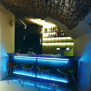 Gay Travel Guide - Prag Gay Bars und Cafes